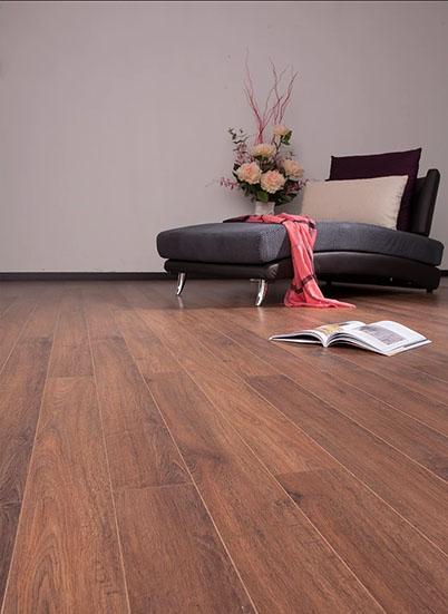 Sàn gỗ công nghiệp Janmi nhập khẩu Malaysia O120