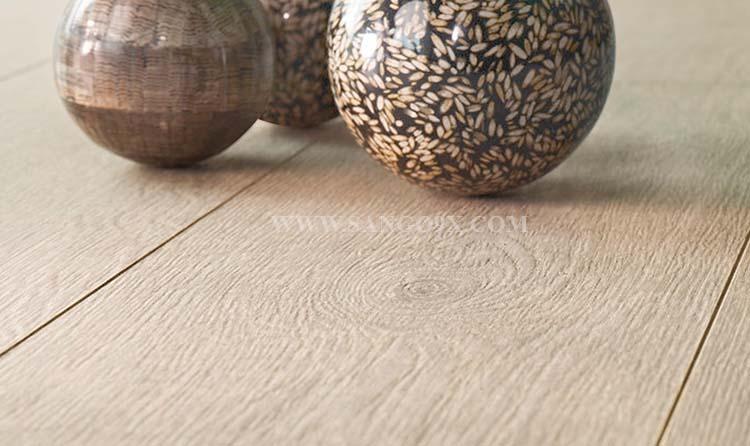 Sàn gỗ công nghiệp cao cấp có lau được nước không