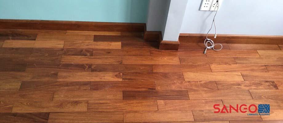 Giá sàn gỗ tự nhiên bao nhiêu tiền 1 m2