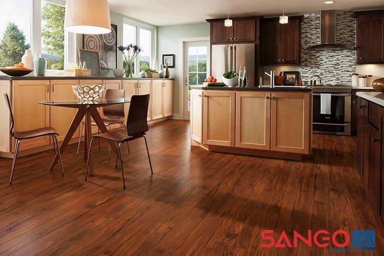 Cách chọn mẫu sàn gỗ công nghiệp cho phòng bếp đẹp chuẩn giá