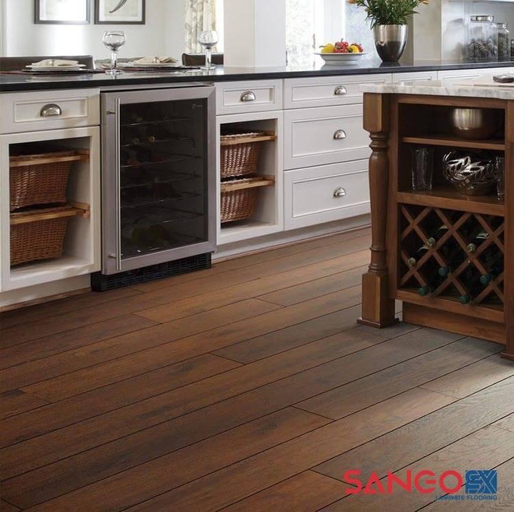 Cách chọn mẫu sàn gỗ công nghiệp cho phòng bếp đẹp
