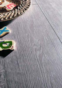 Chia sẻ kinh nghiệm mua sàn gỗ công nghiệp cho người mới tìm hiểu