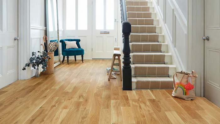 Kinh nghiệm mua ván sàn gỗ công nghiệp cho người mới tìm hiểu