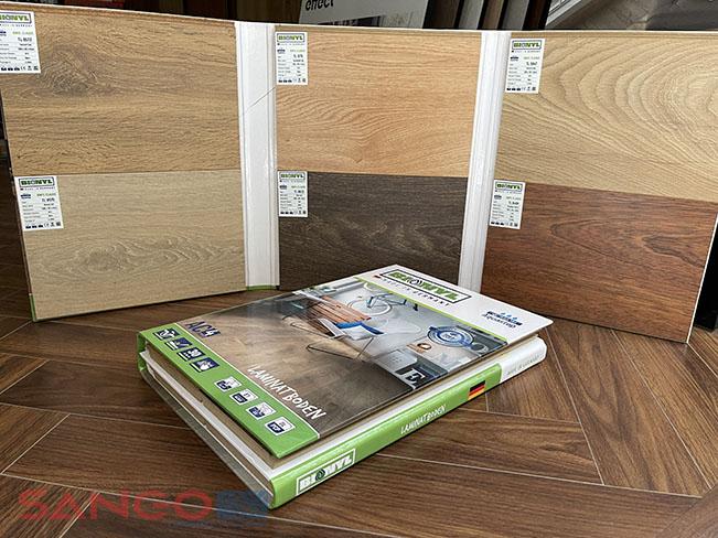 Bộ mẫu sàn gỗ công nghiệp Binyl 8mm Class