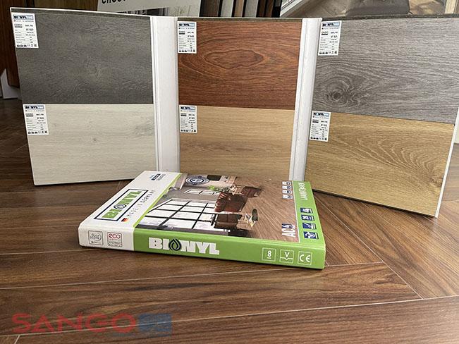 Mẫu sàn gỗ 12mm Binyl pro