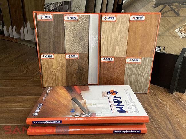 Sàn gỗ Janmi 12mm bản nhỏ