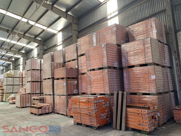 Mẫu sàn gỗ công nghiệp Janmi tại Kho